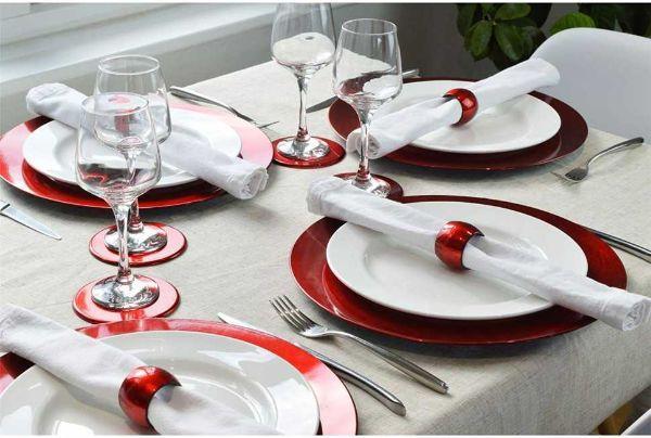 Come apparecchiare la tavola per le feste