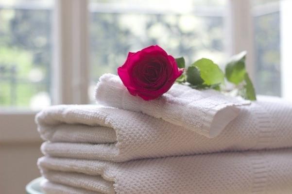 Asciugamani puliti per gli ospiti