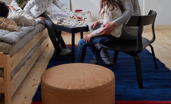 Poltrona VÄRMER - Design e foto by Ikea