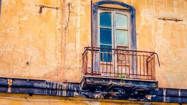 Vivere in una casa senza agibilità: quali sono le conseguenze?