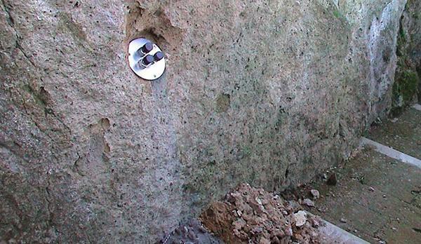 Estensimetro ad asta di Boviar per il monitoraggio dei movimenti del terreno
