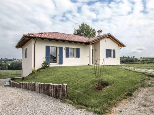 Sarotto propone case prefabbricate in cemento naturale