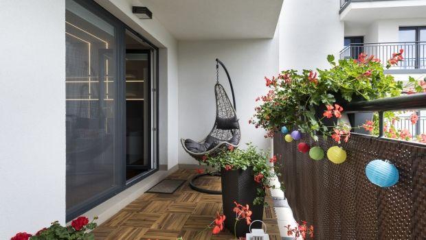 Lavori di manutenzione del pavimento dei balconi