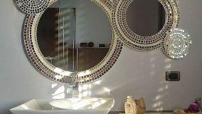 Specchi artigianali e personalizzati con cornice in mosaico
