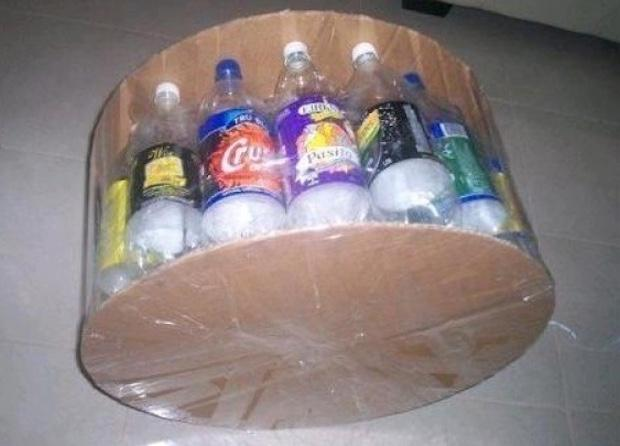 Pouf fai da te con le bottiglie di plastica, parte 1, da homeisd.com