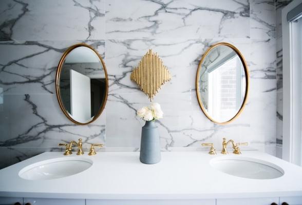 Tendenze interior design 2020: un accent luxury in bagno