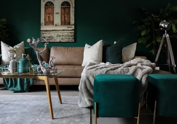 Trend interior design 2020: arredi in velluto in nuance turchese