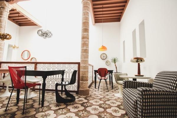 Trend interior design 2020: arredamento in stile eclettico