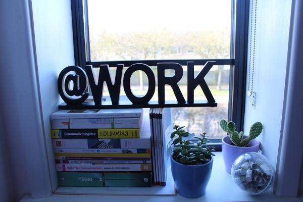 Personalizzare l'home office con il lettering