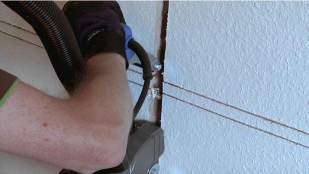 Lo scanalatore per tracce elettriche, un attrezzo molto utile