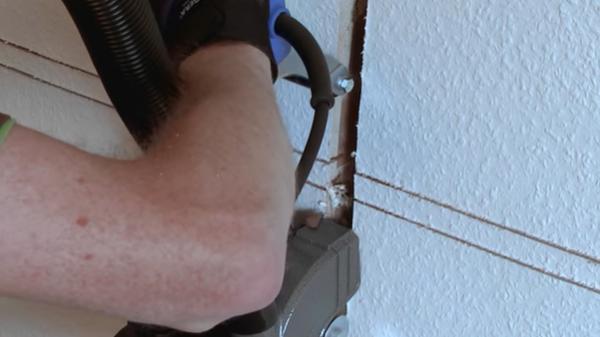 Una scanalatrice esegue tracce estremamente precise, by BAIER Elektro-werkzeuge