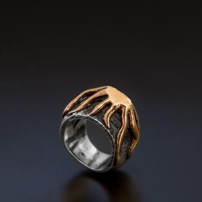Un anello per San Valentino, by Vesuves Gioielli