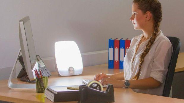 Lampade SAD effetto luce naturale contro il disordine affettivo stagionale