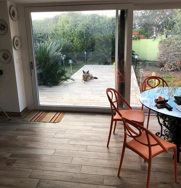 Pavimenti galleggianti per esterni effetto legno design Adriana Zingone