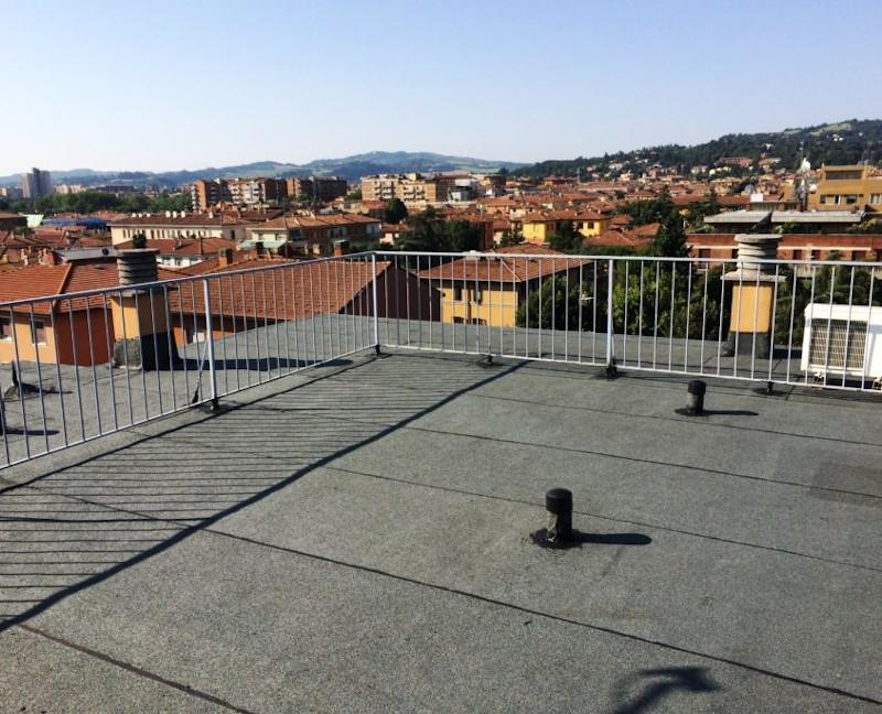 Casa con terrazzo di copertura tecnocem