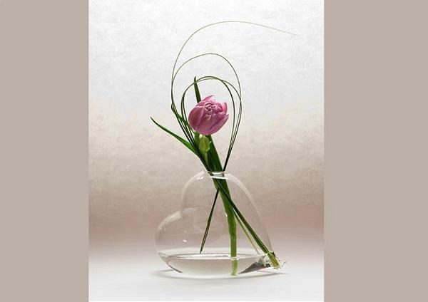 Vaso di vetro soffiato per San Valentino