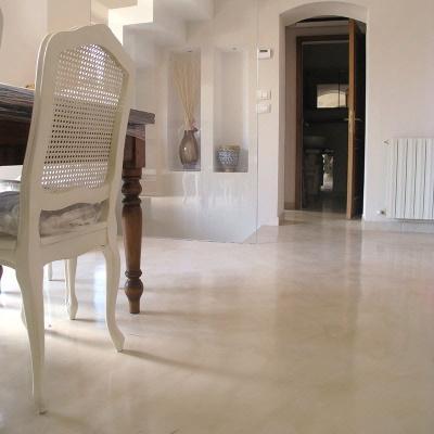 Ricavare una camera in più: pavimento resina Arteviva
