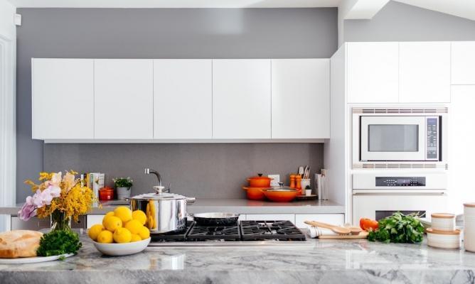 Rivestimento in resina per le pareti della cucina
