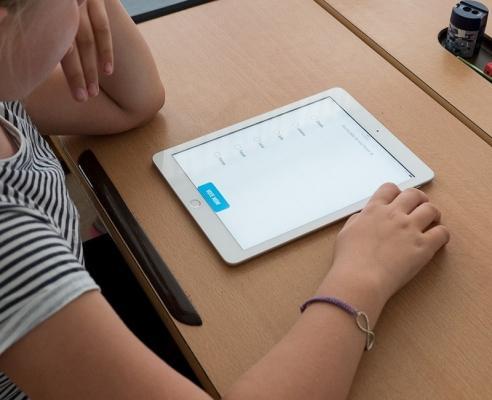 Esposizione dei bambini alle onde elettromagnetiche tramite dispositivi wireless