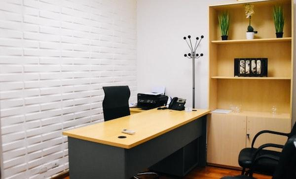 Pannello divisorio per ufficio - Fonte foto: Unsplash