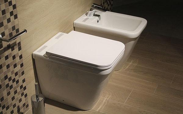 Water e bidet, obbligatori nel bagno principale dell'abitazione