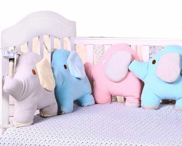 Paracolpi a cuscino soggetto elefanti su Amazon