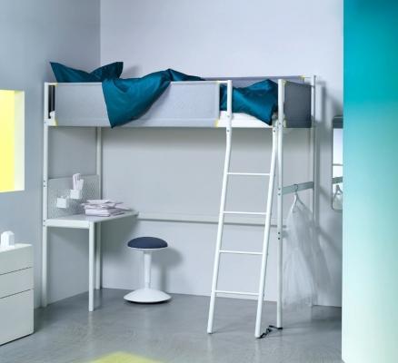 Struttura in ferro per letto a soppalco, da Ikea