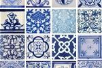 Azulejos e piastrelle di maiolica con motivi di sole, luna e stelle by Hispalceràmica