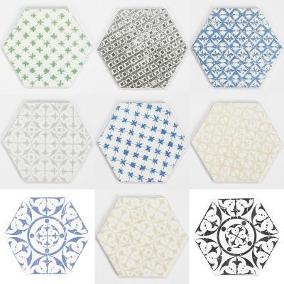 Piastrelle esagonali di maiolica in stile provenzale di Compotoir du Cérame