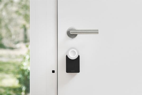 Serratura Smart Lock 2.0 a firma Nuki