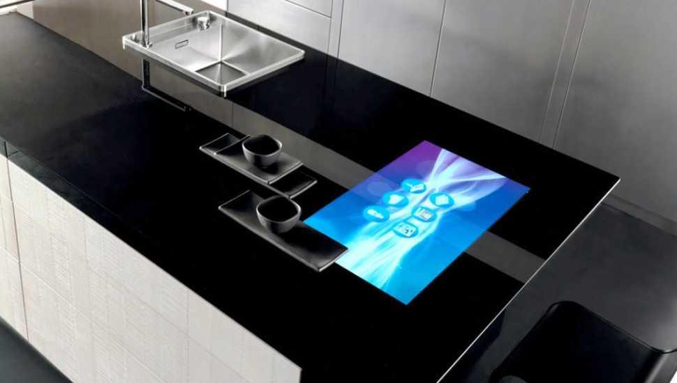 Schermo integrato nel piano per la cucina Invisibile di Toncelli