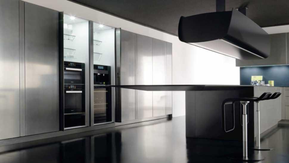 Pensile a telecomando della cucina Invisibile di Toncelli