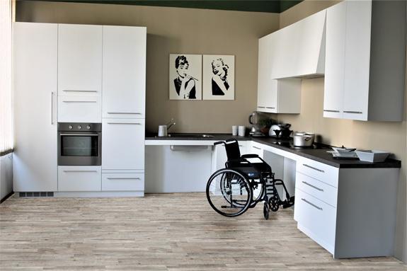 Cucina domotica per disabili a marchio Viem