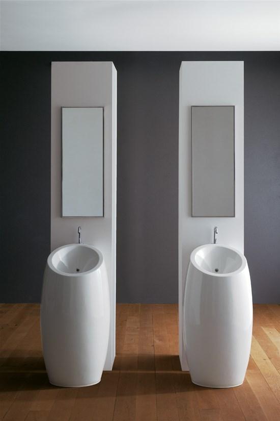 Serie Planet, lavabo doppio a colonna per il bagno completo by Scarabeo