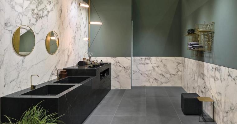 Lastre Marble Look, Elegant Black e Calacatta Extra - Design e foto by Marazzi