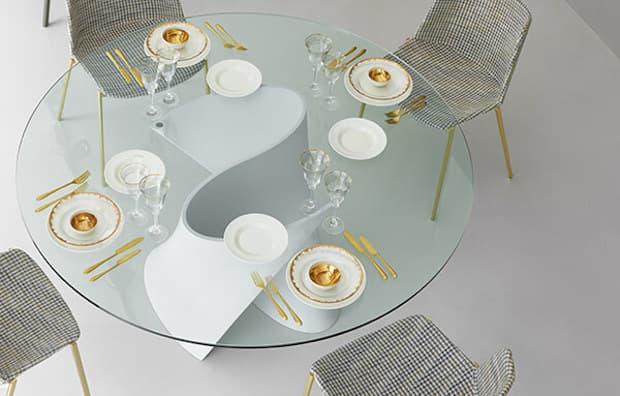 Tavolo in cristallo S Table - Design Xavier Lust, foto by MDF Italia