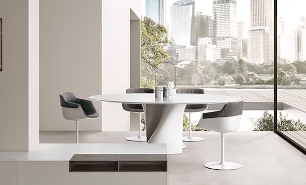 S Table in cristallo - Design Xavier Lust, foto by MDF Italia