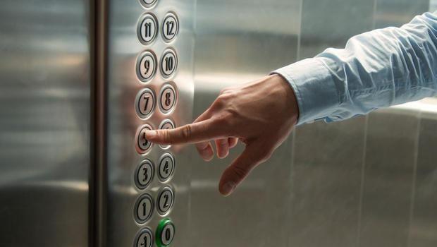 Condominio e spese ascensore: spettano anche a chi abita al piano terra?