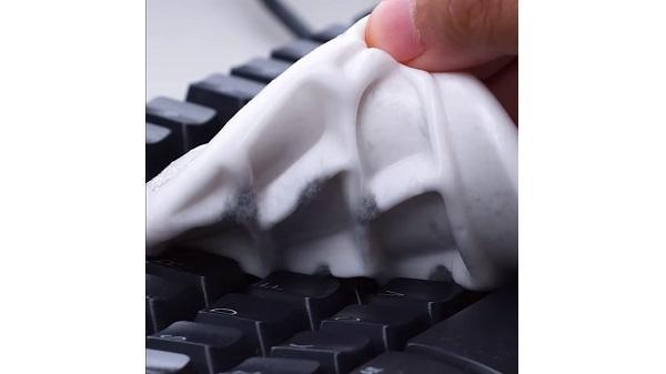 Pulire oggetti tastiera