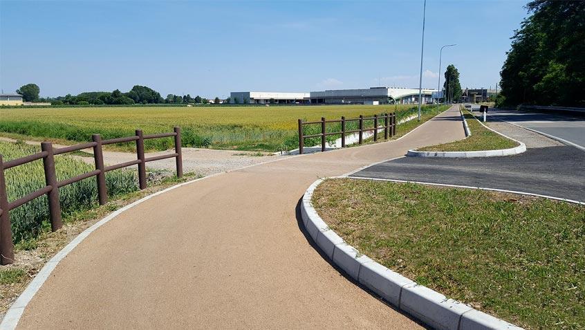 Evizero, pista ciclabile in asfalto ecologico