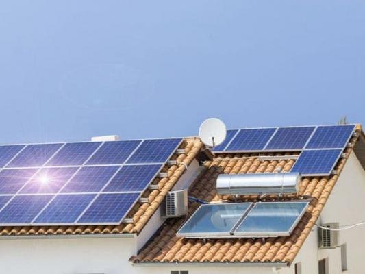 Pompe di calore e pannelli solari rendono questi impianti ancora più efficienti
