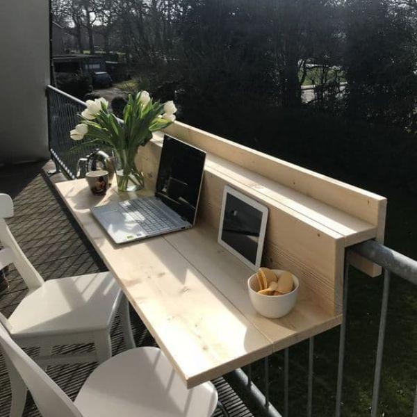 balcone come spazio per lo smart working - Fonte Pinterest
