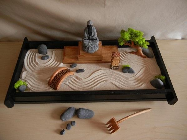 Giardino zen da tavolo, da decoratorist.com