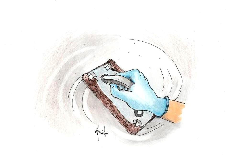 Carteggiare muro prima di tinteggiare