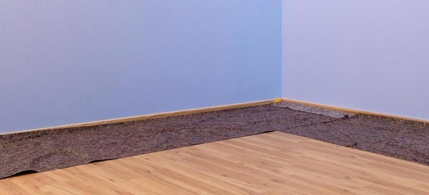 Protezione tinteggiatura con tappeti - Wagner