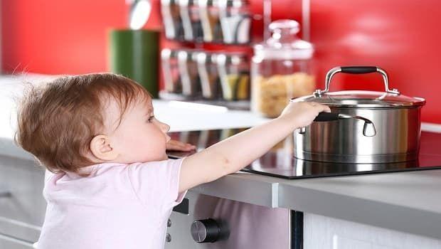 Incidenti domestici, i consigli dell'esperta per prevenirli