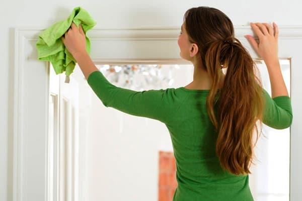 Incidenti durante pulizie domestiche, da yelp.com