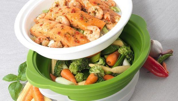 Cucinare al microonde: tutti gli accessori per una cottura rapida e sana