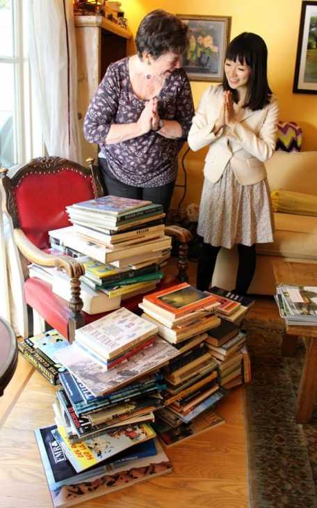 Ordinare libri con il metodo Kondo, da vanityfair.it