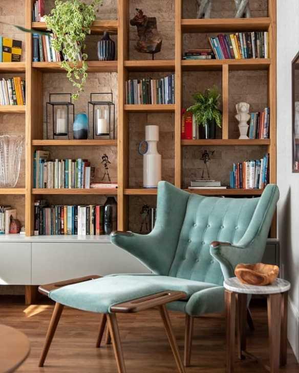 Ordinare libreria con un criterio affettivo, da tuacasa.com.br